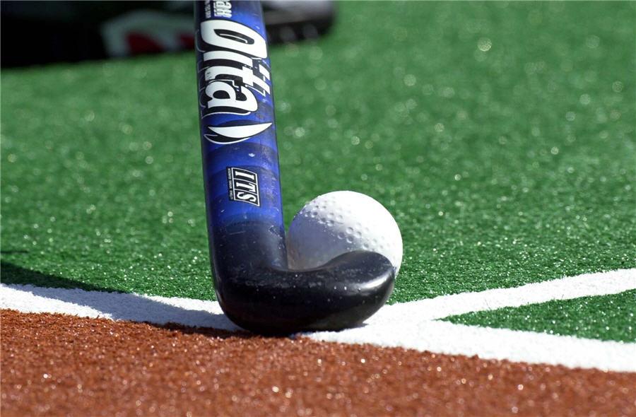 Hockey_Stick_and_Ball
